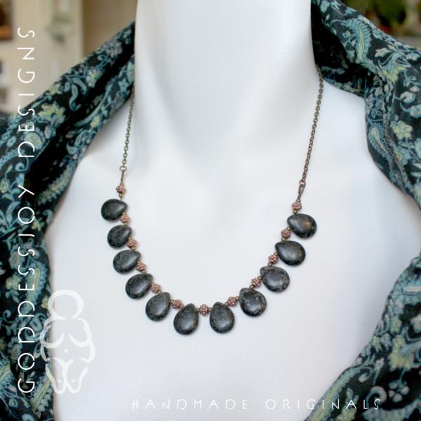 Bib Necklace - black